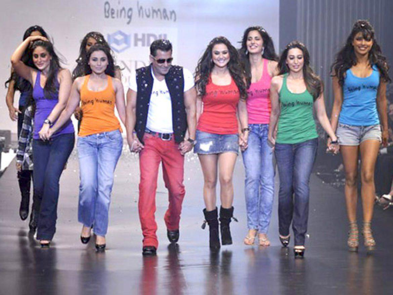 Bollywood-elokuva on tarkoituksella överi